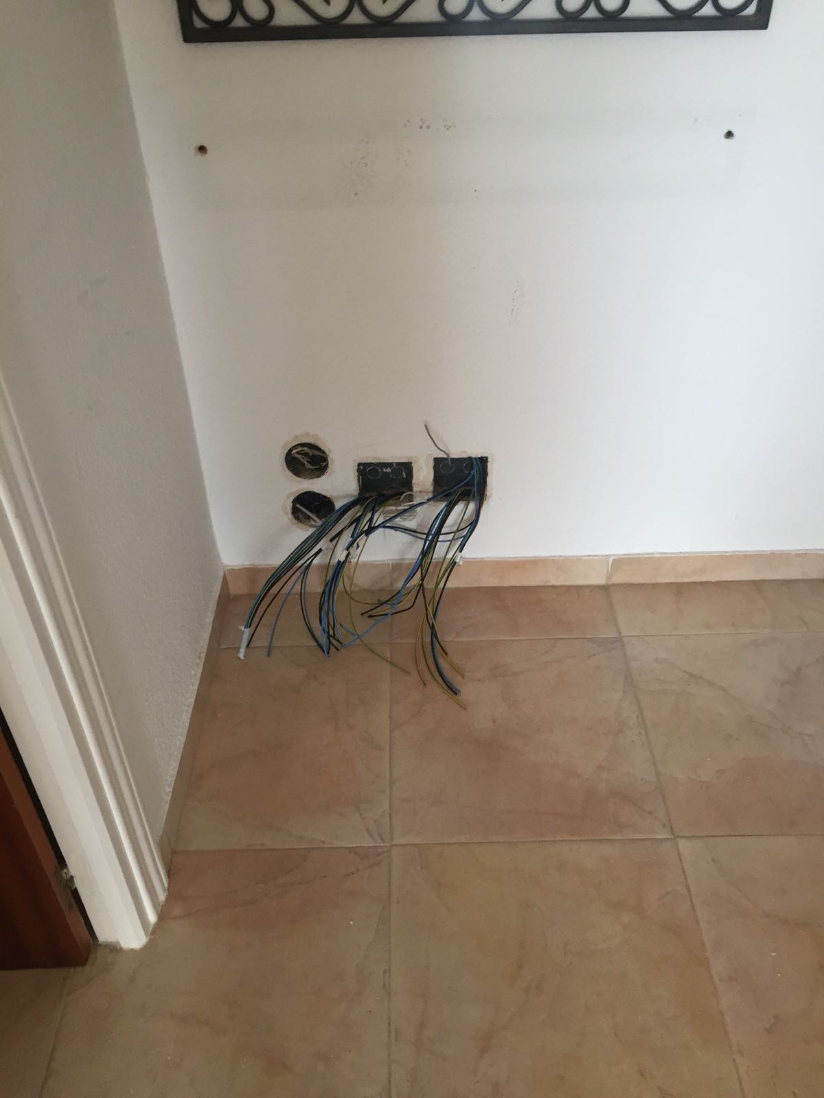 whole house rewiring compusol rh compusol eu how much does rewiring a room cost A Light Switch Wiring